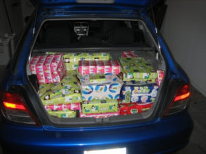 Ohio Cops find car filled with weed disguised as Christmas presents.